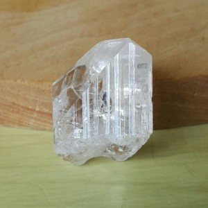 Clear Danburite kristal rough 1